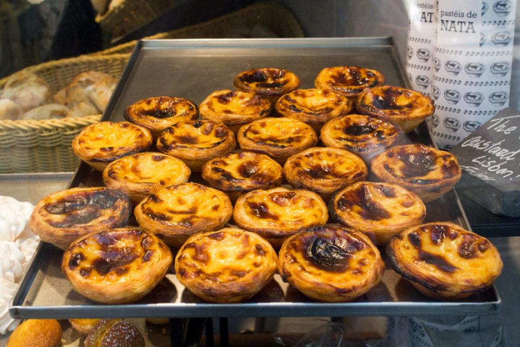pastel de nata flickr 1024x683 - Национальная кухня Португалии: особенности