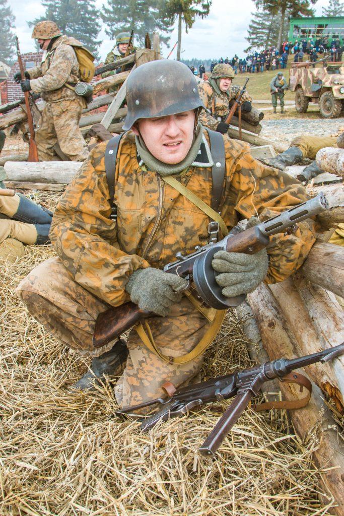 img 8176 683x1024 - 23 февраля День защитников Отечества. Фоторепортаж с военной реконструкции