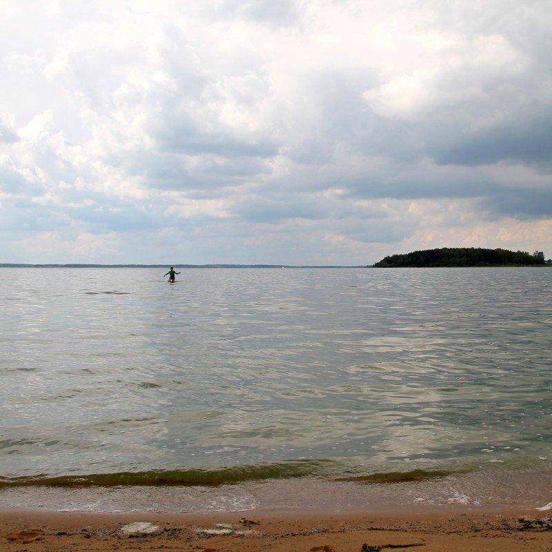 песчаный пляж в беларуси