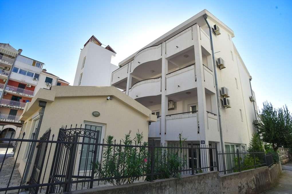 Апартаменты idila 3* сколько стоит недвижимость дубай