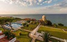 PAVLINA BEACH HOTEL.jpg