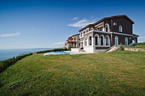 LIGHTHOUSE GOLF VILLA & APART